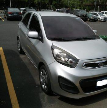 Vendo KIAPicanto 2013 de agencia un solo dueño. Motor 1.2 super económico, cuando la gasolina está incrementando de precio es buena opción un carro economico.
